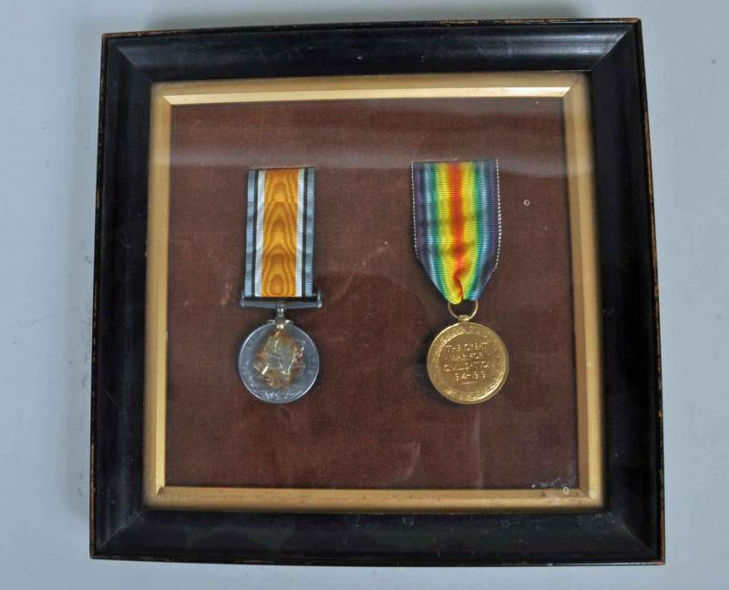 BRITISH WWI FRAMED WWI BRITISH WAR MEDALS.