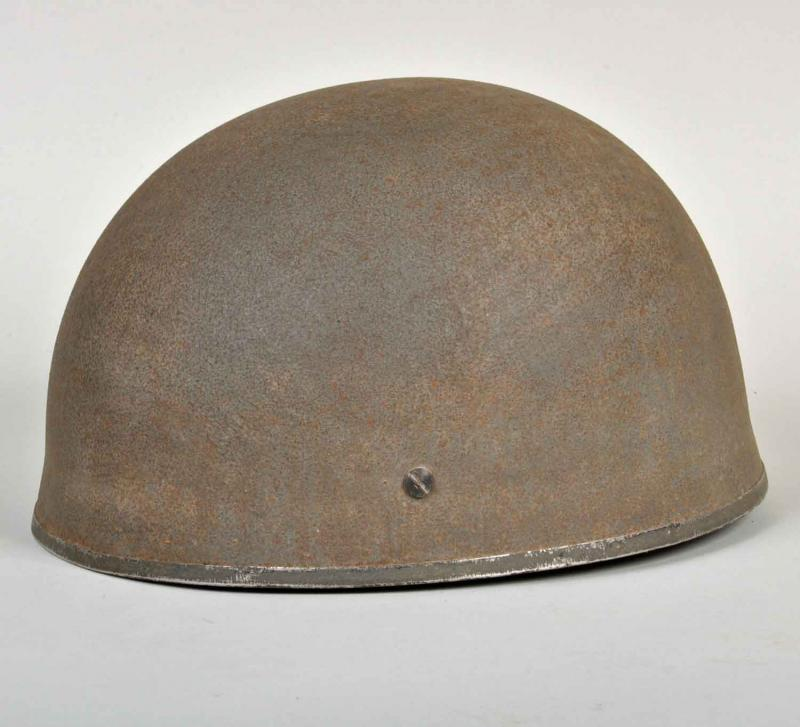 BRITISH WWII LEATHER STRAPPED PARATROOPER HELMET.