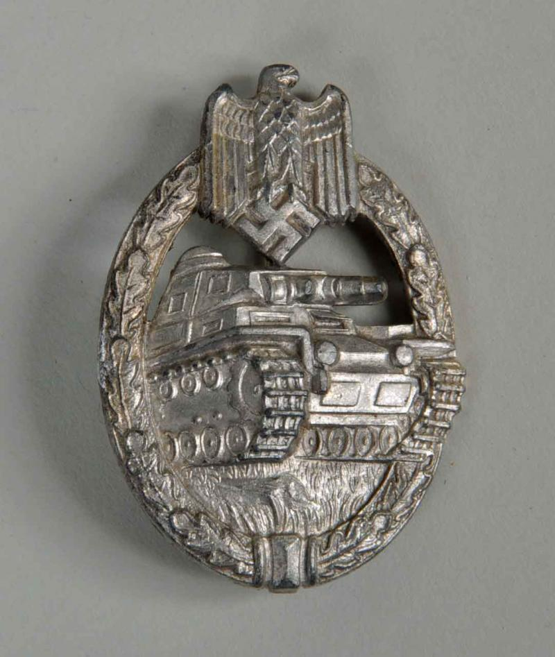 GERMAN WWII PANZER ASSAULT BADGE IN SILVER.